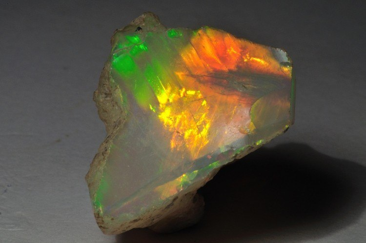 welo opal rough also called Ethiopian opal