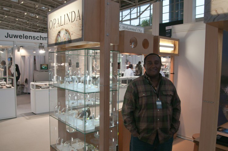 exhibitors of welo opal at the munich show
