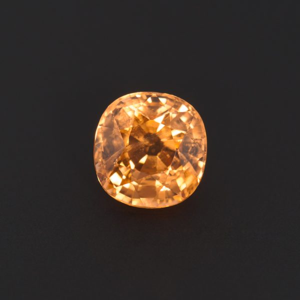 Yellow Garnet Cushion cut 3.2ct