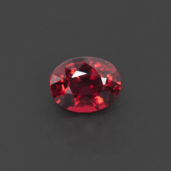 Oval Red Spinel 0.8ct